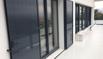 aluglass-ameliorer-renover-reparer-menuiserie-acier-aluminium-metallerie-serrurerie-vitrerie-volets-350x200