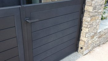 aluglass-ameliorer-renover-reparer-menuiserie-acier-aluminium-metallerie-serrurerie-vitrerie-portail-2-350x200