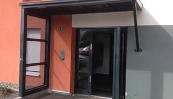 aluglass-menuiserie-acier-aluminium-metallerie-serrurerie-vitrerie-auvent-350x200-2
