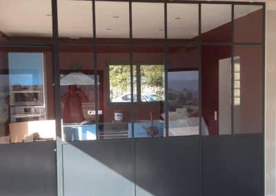 aluglass-ameliorer-renover-reparer-menuiserie-acier-aluminium-metallerie-serrurerie-vitrerie-cloison-1-1400x800