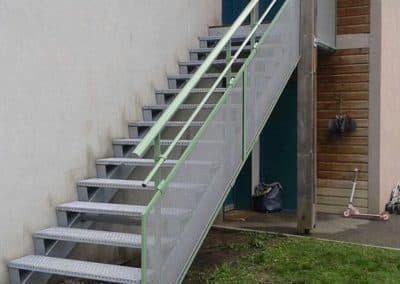 aluglass-ameliorer-renover-reparer-menuiserie-acier-aluminium-metallerie-serrurerie-vitrerie-escalier-7-1400x800