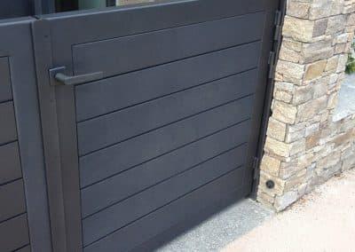 aluglass-ameliorer-renover-reparer-menuiserie-acier-aluminium-metallerie-serrurerie-vitrerie-portail-1-1400x800