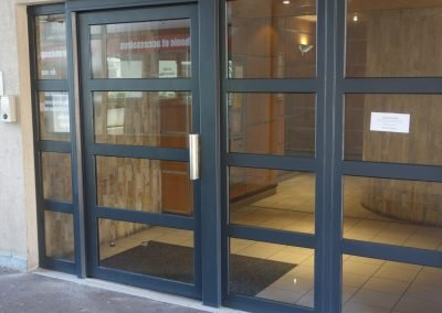 aluglass-ameliorer-renover-reparer-menuiserie-acier-aluminium-metallerie-serrurerie-vitrerie-porte-8-1400x800