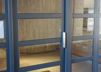 aluglass-ameliorer-renover-reparer-menuiserie-acier-aluminium-metallerie-serrurerie-vitrerie-porte-9-1400x800